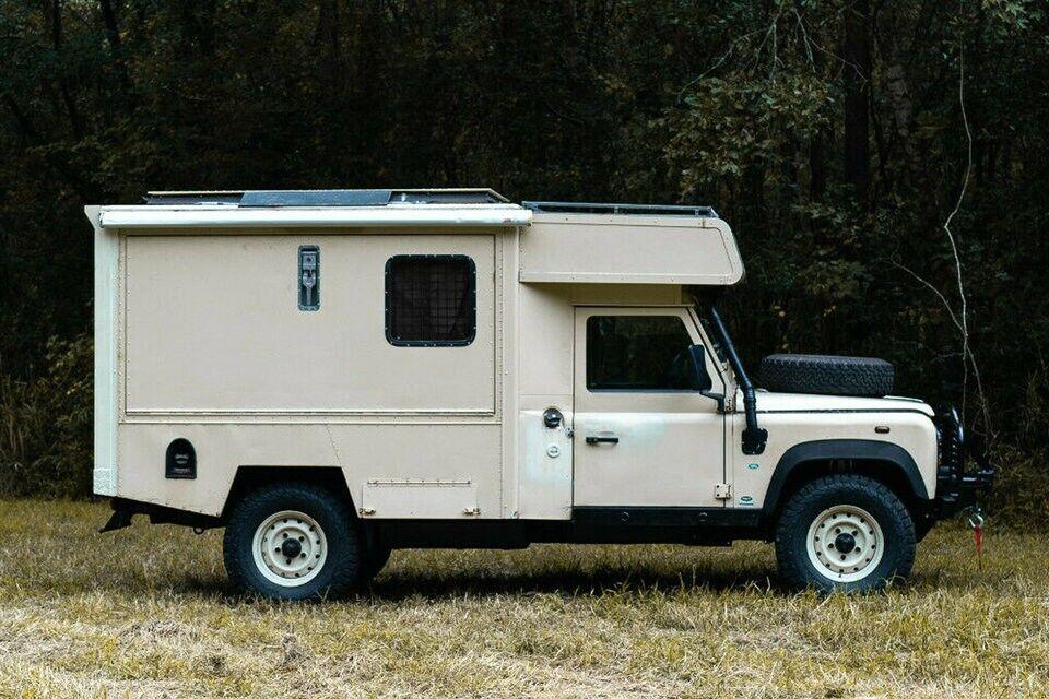 Land Rover Defender сделали выше и шире