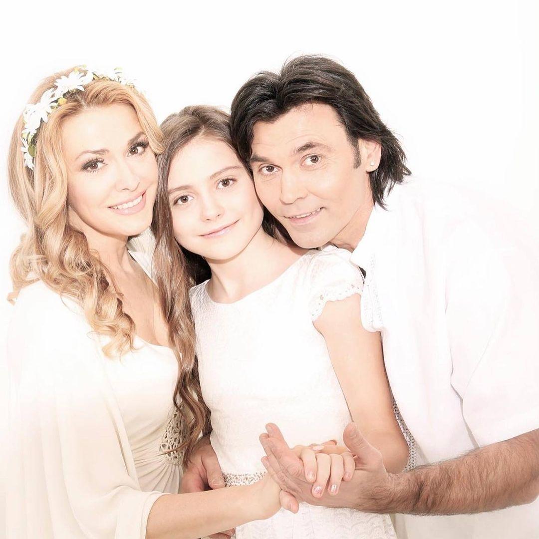 Ольга Сумская с мужем и дочерью Анной