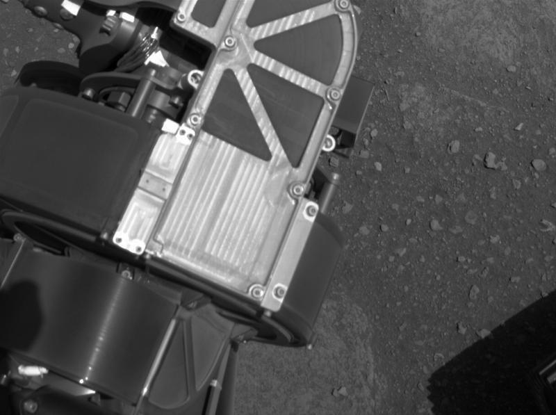 Камери Navcam допомагають марсоходу під час руху
