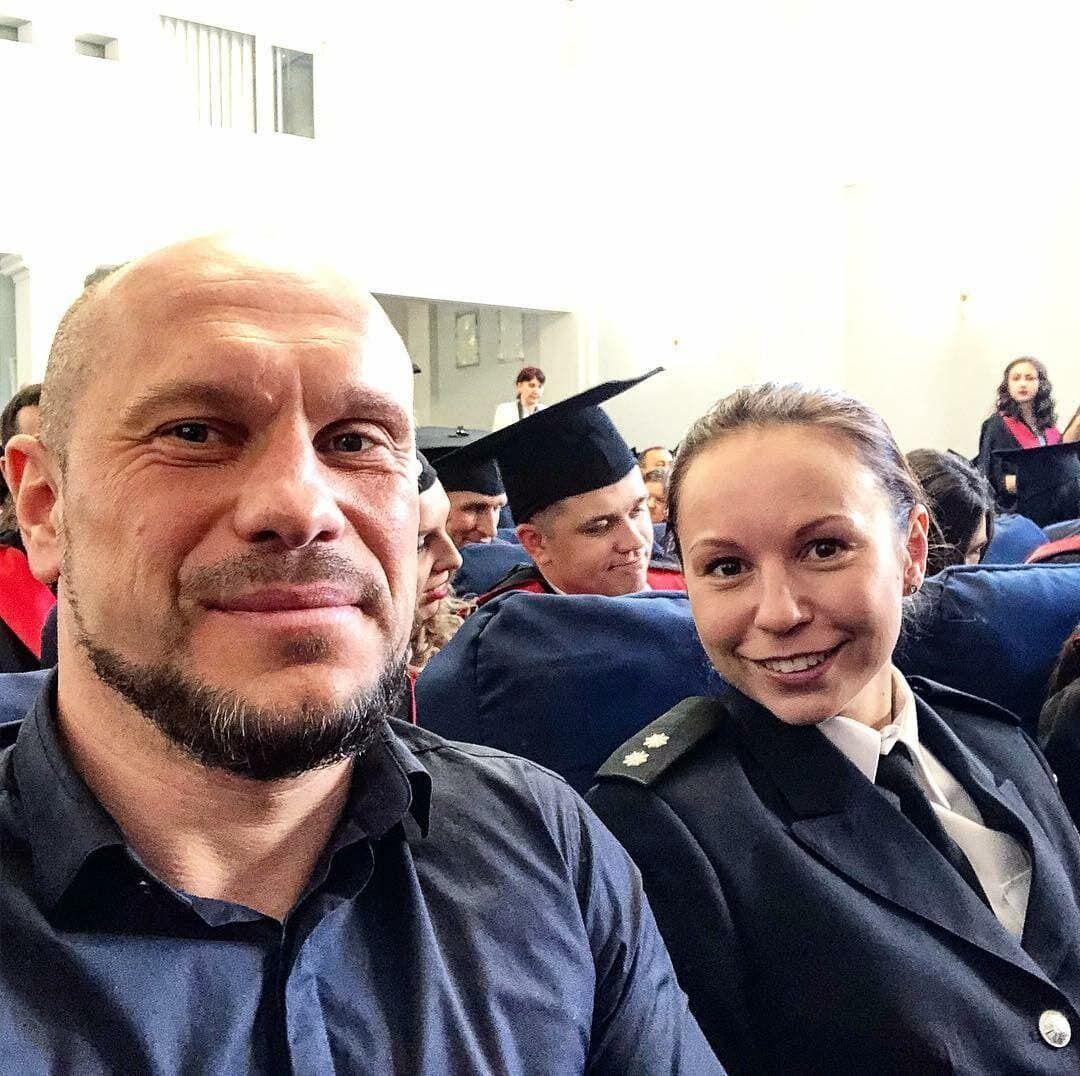 Народный депутат вместе с дочерью