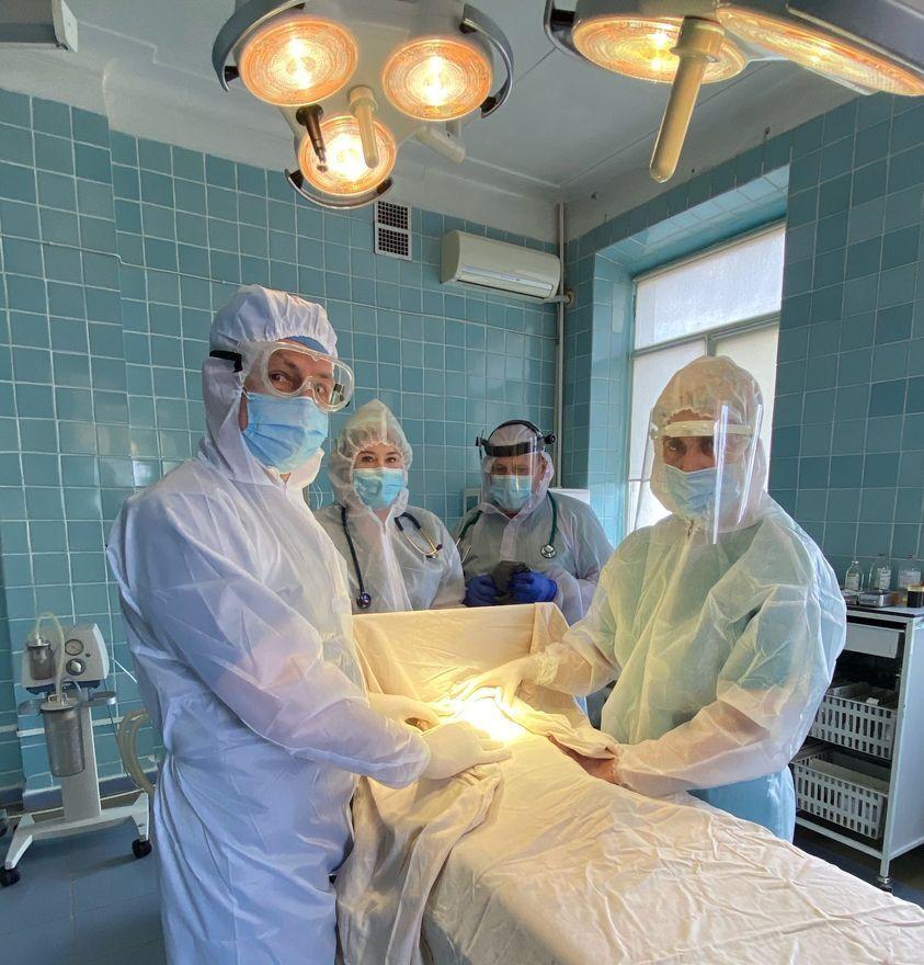 Медики прооперували 1,5-місячного пацієнта з коронавірусом і хірургічною патологією