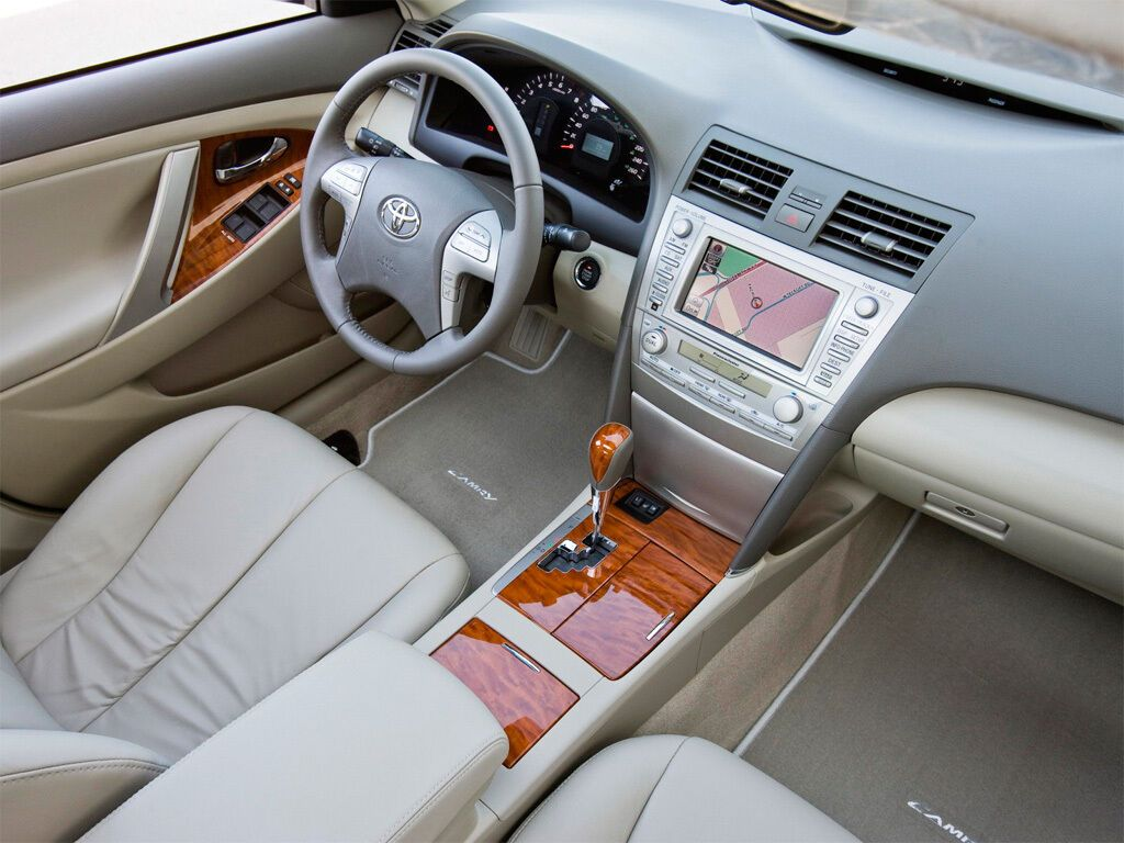 Б/у Toyota Camry отлично сопротивляется ржавчине