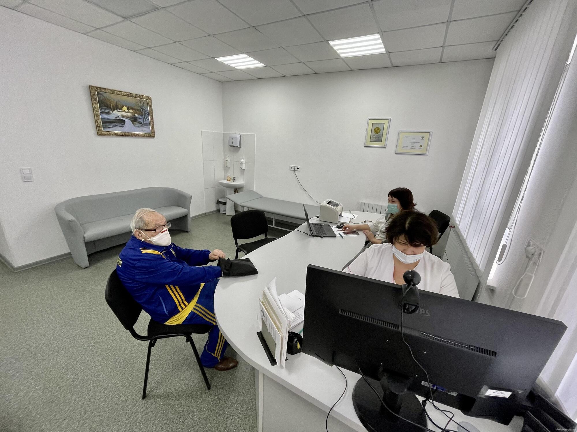 Леонид Станиславский в клинике