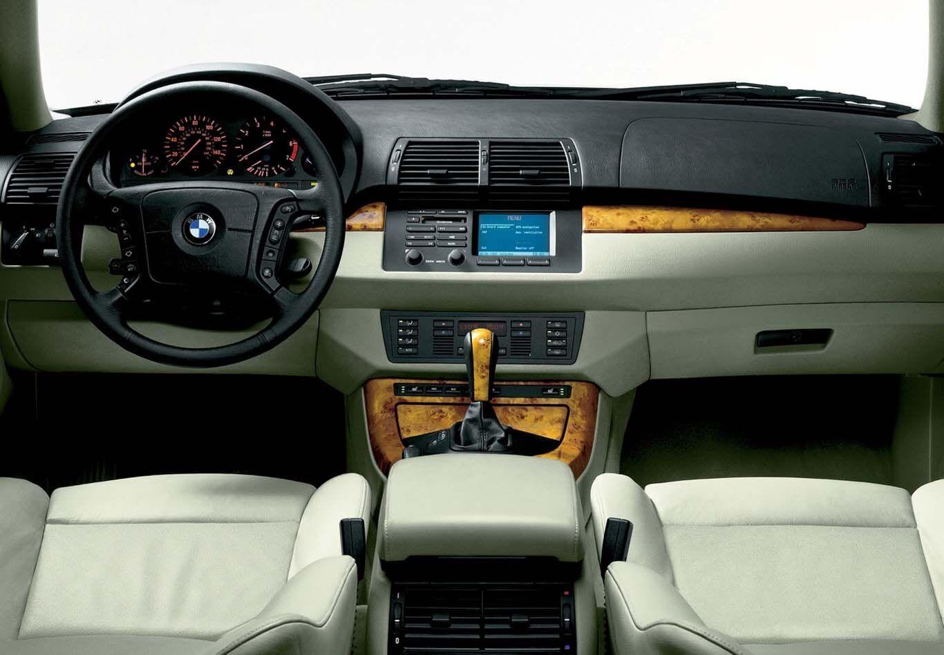 X5 першого покоління здобув велику популярність