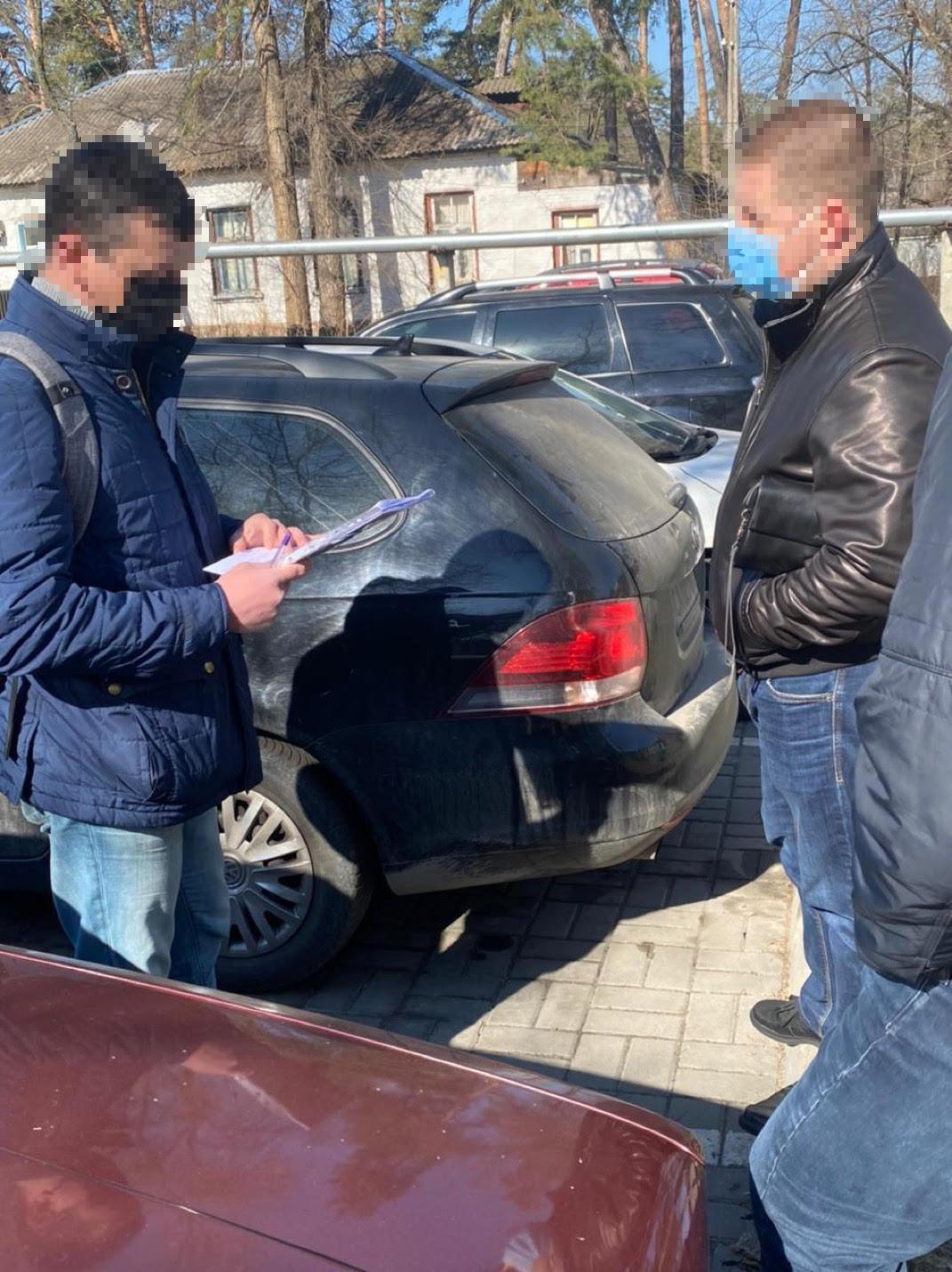 Правоохранителя заподозрили в организации схемы предоставления услуг по незаконному прослушиванию граждан