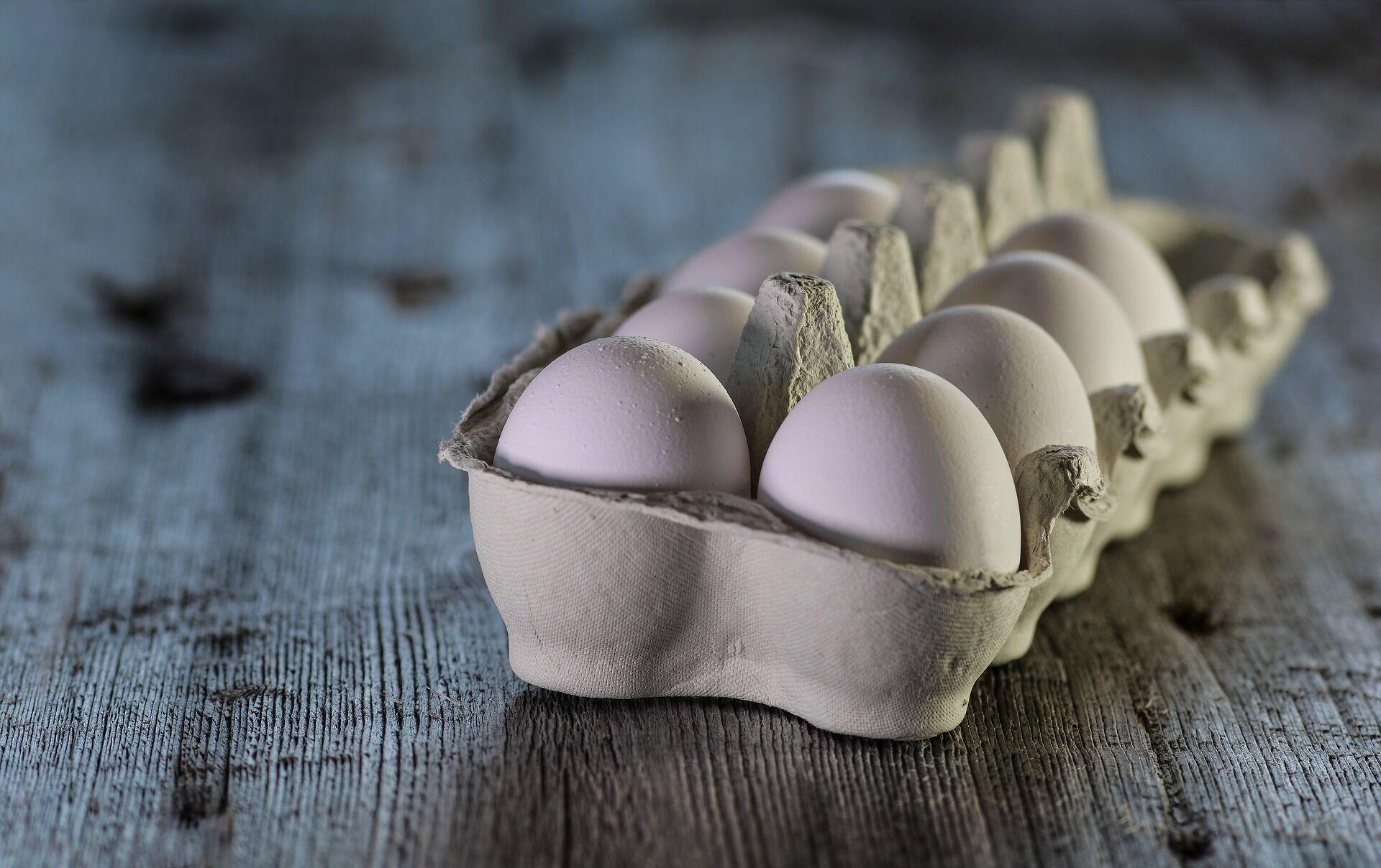 Вживання яєць допоможе зменшити підшкірний жир і зробити живіт більш плоским.