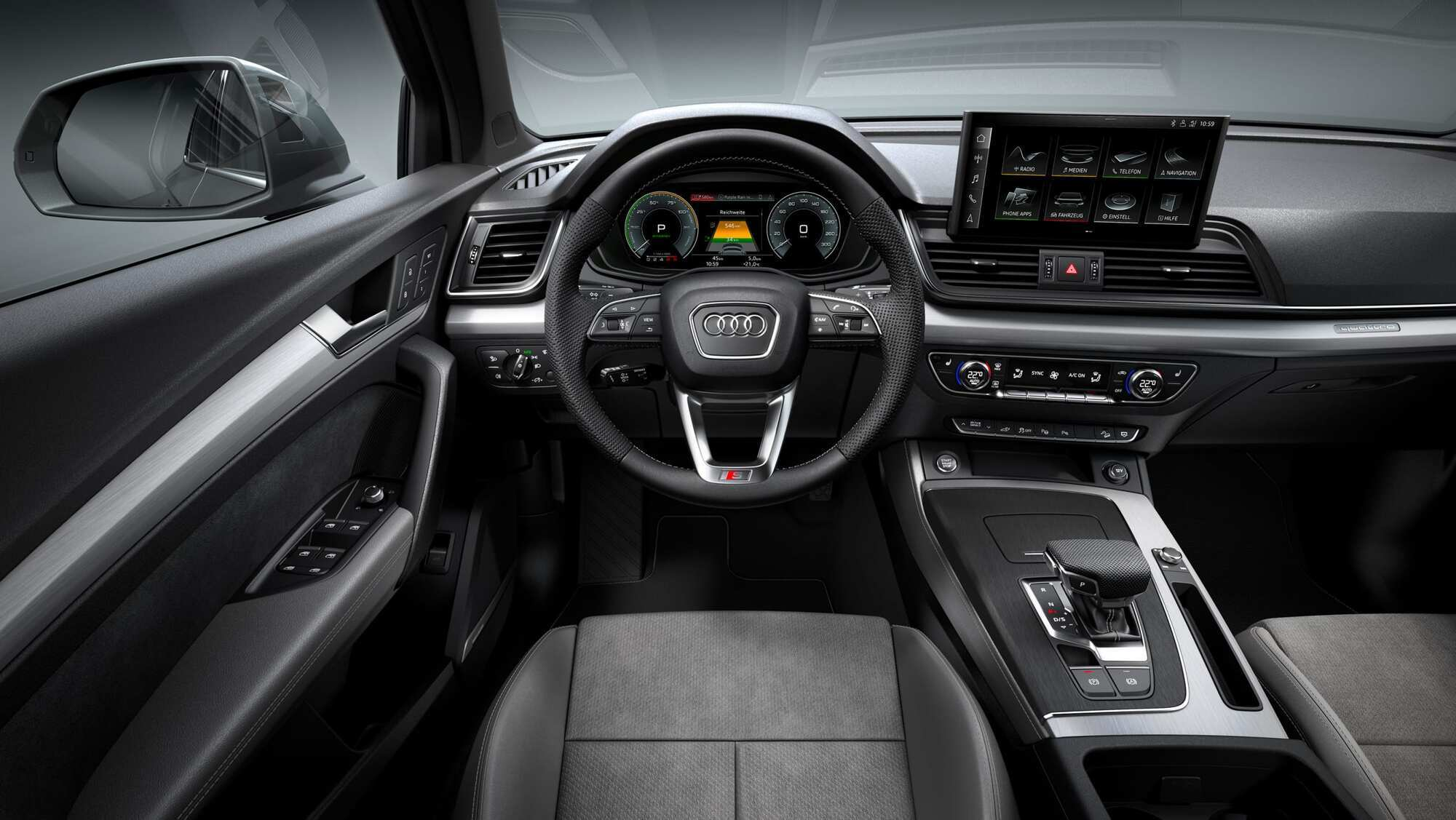 Салон Audi Q5 Sportback TFSI e PHEV