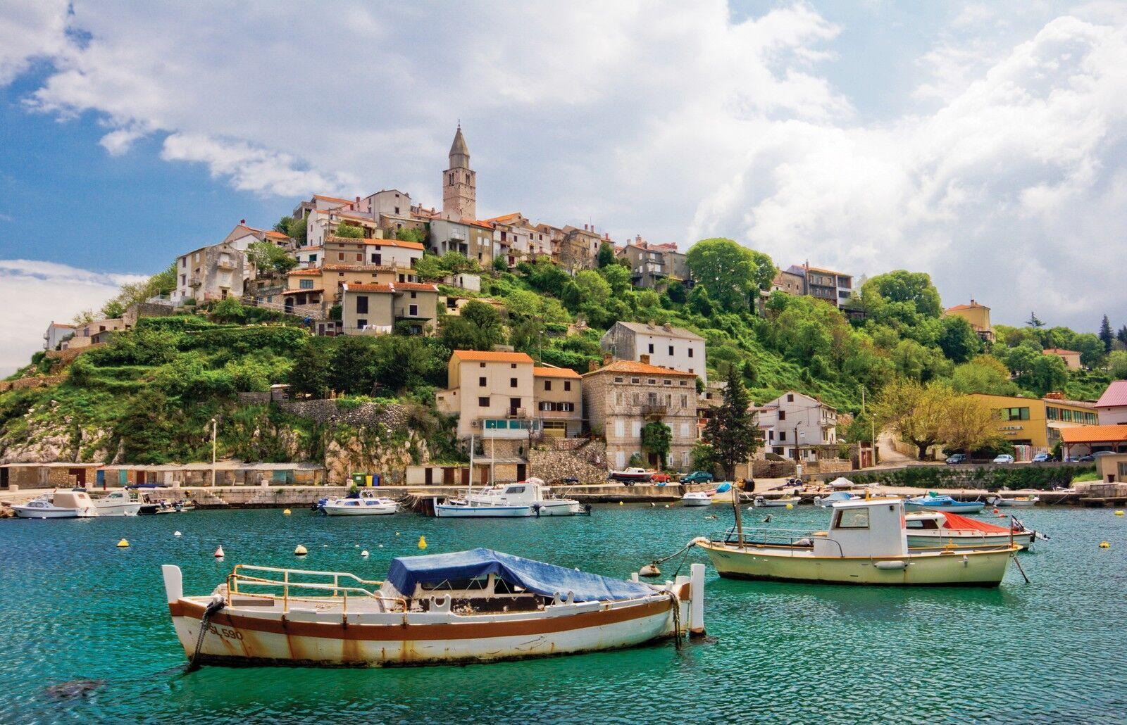 В конце весны отдыхающие в Хорватии смогут поплавать в море и насладиться теплыми солнечными лучами.
