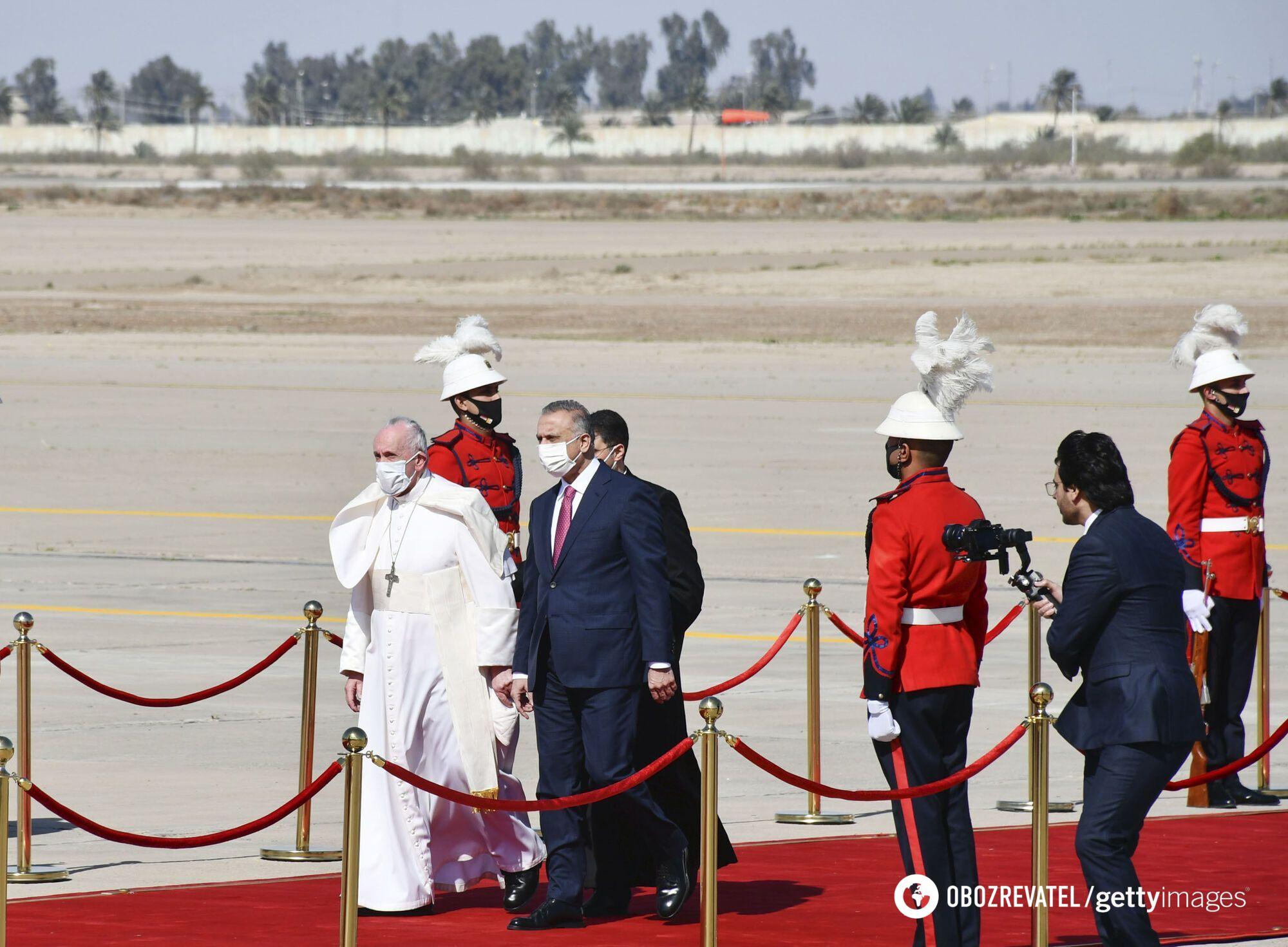 Франциск прилетел в Ирак.