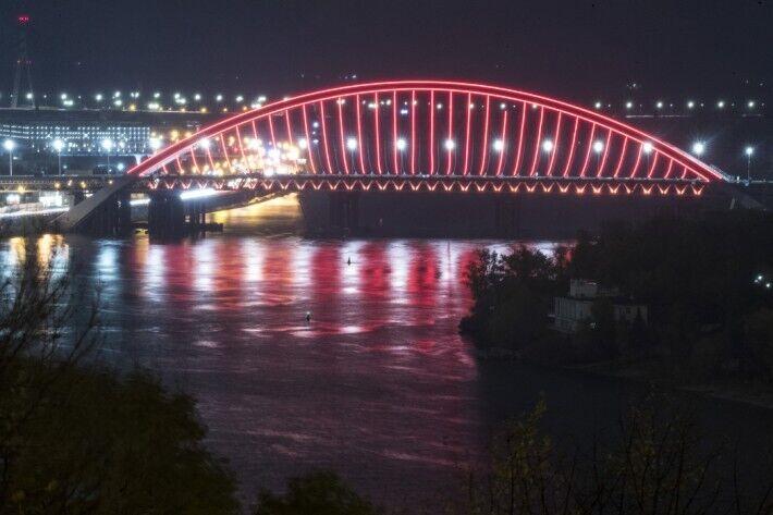 Подольский мост с Троещины в центр обещают открыть в конце 2021 года