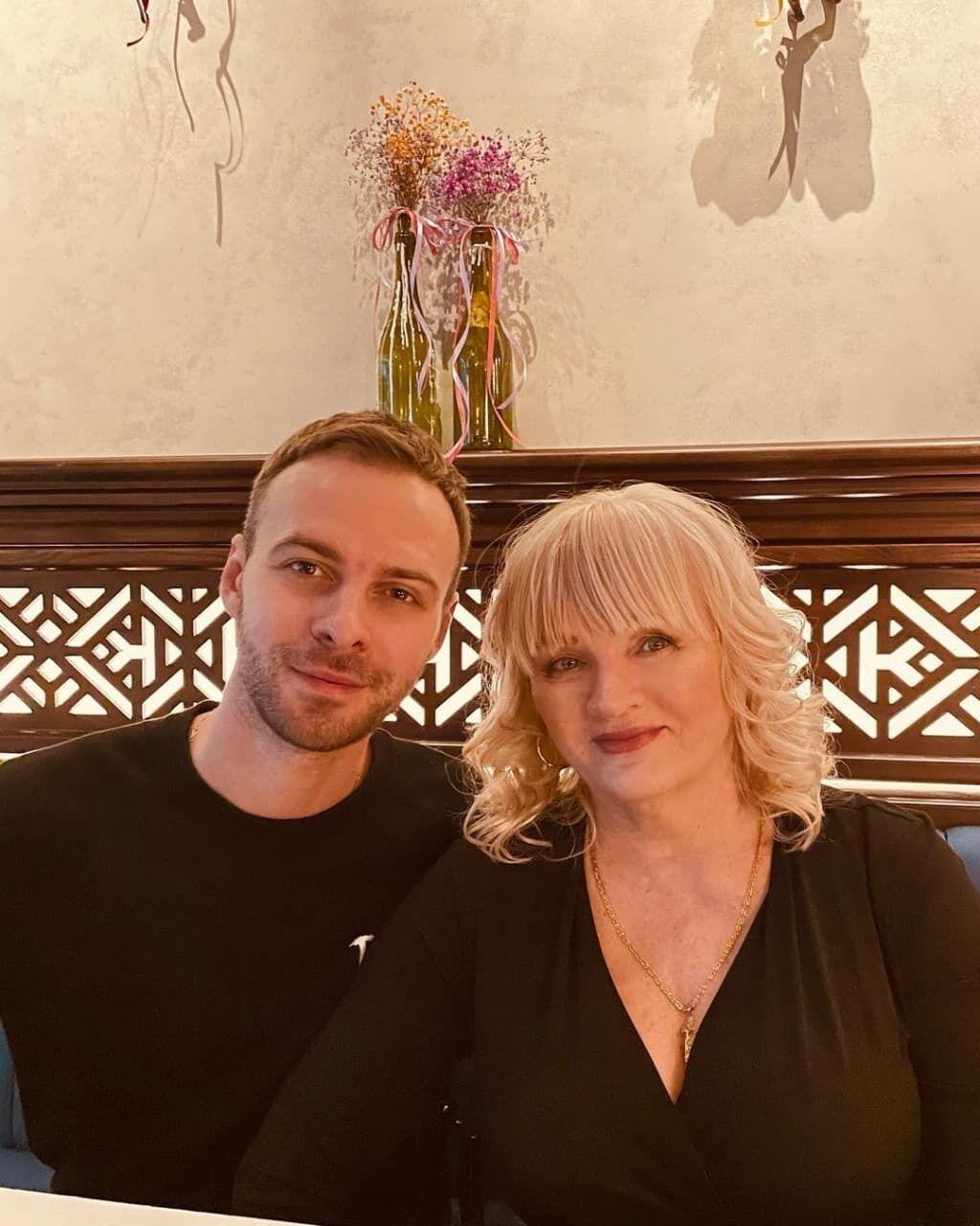 Барских с мамой