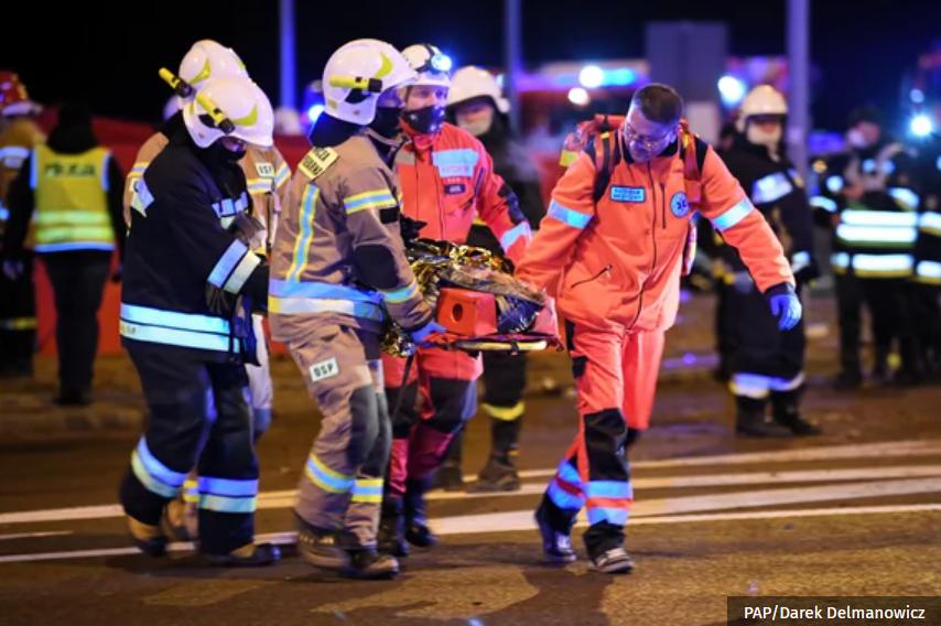 У Польщі автобус із українцями потрапив у жахливу ДТП: шестеро людей  загинуло (+ФОТО) - Дзеркало Закарпаття