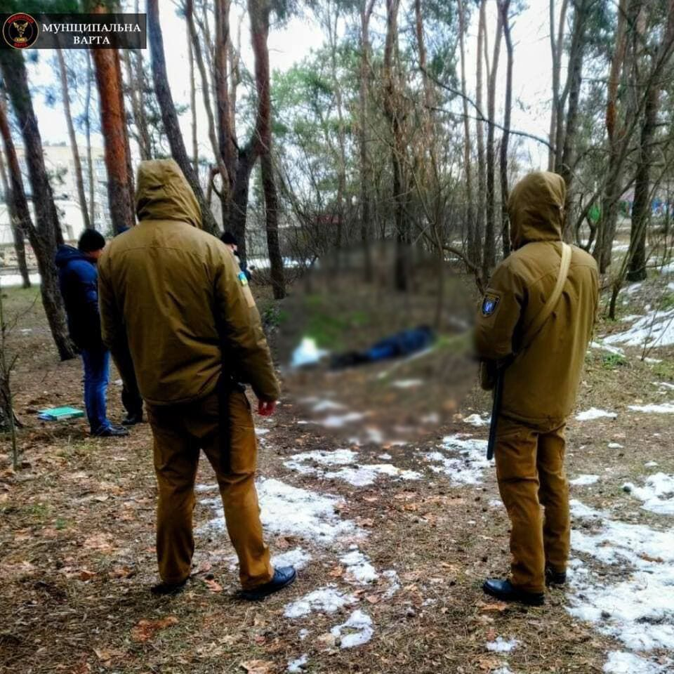 Тело женщины нашли в Дарницком районе