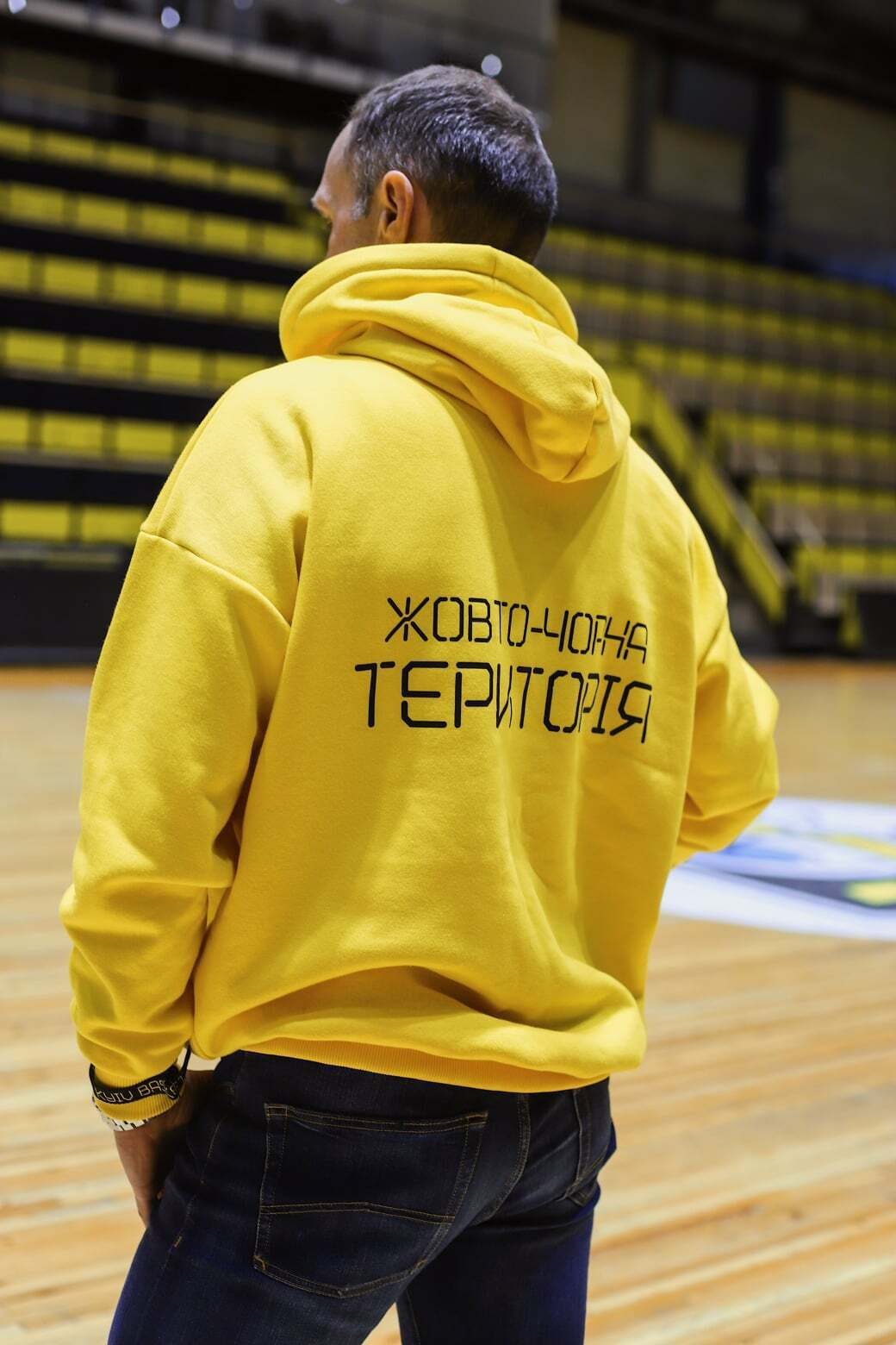 """Київ-Баскет"" представив нову колекцію фанатської одягу за участю Айнарса Багатскіса"
