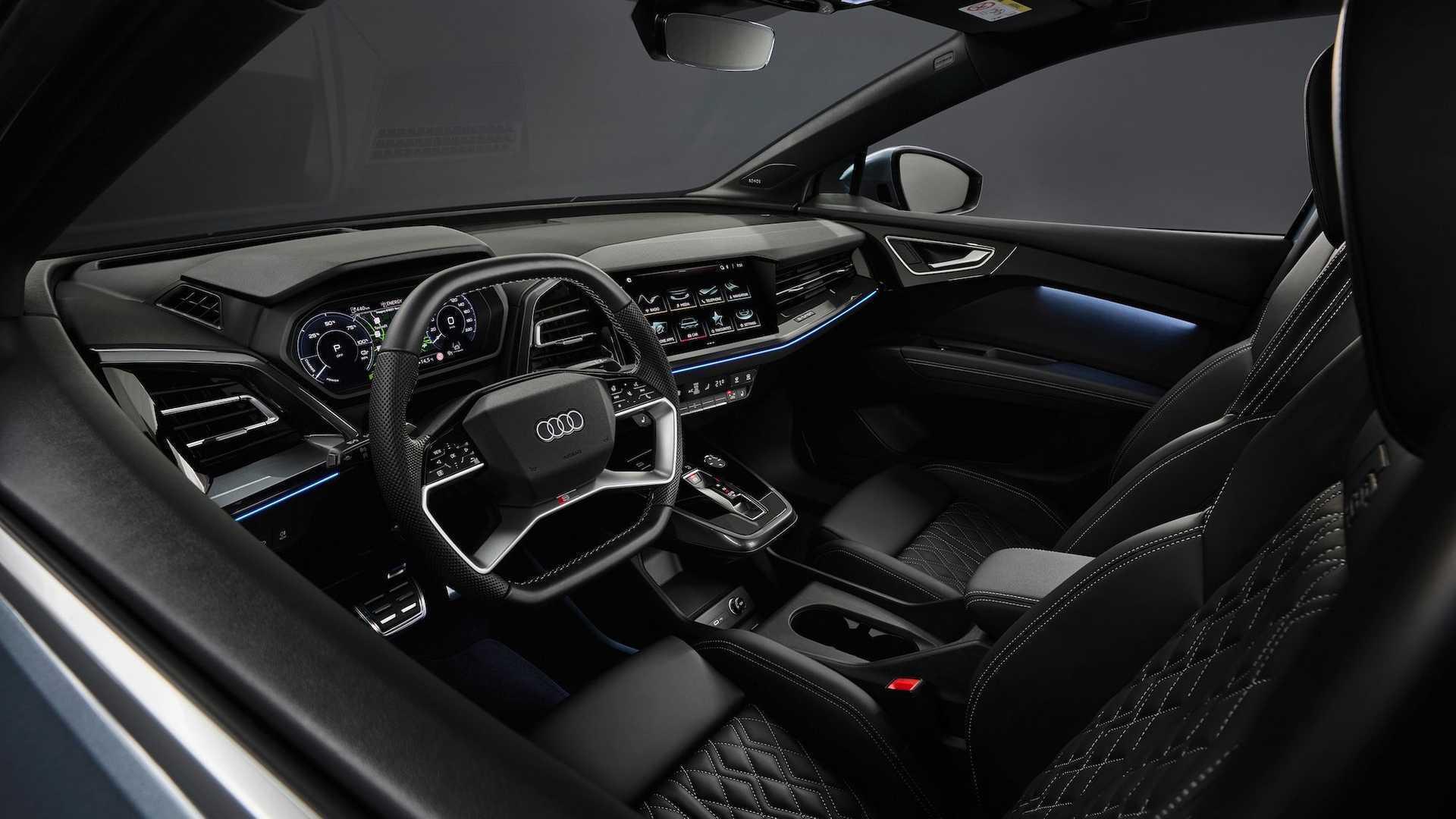 Салон Audi Q4 e-tron