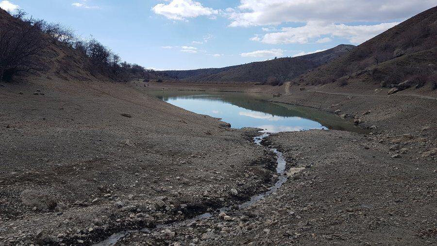 У Криму засуха: обміліло озеро.