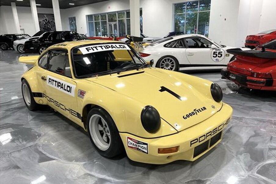 Для першого захід компанія Porsche розробила та побудувала 15 автомобілів на базі Porsche 911RSR