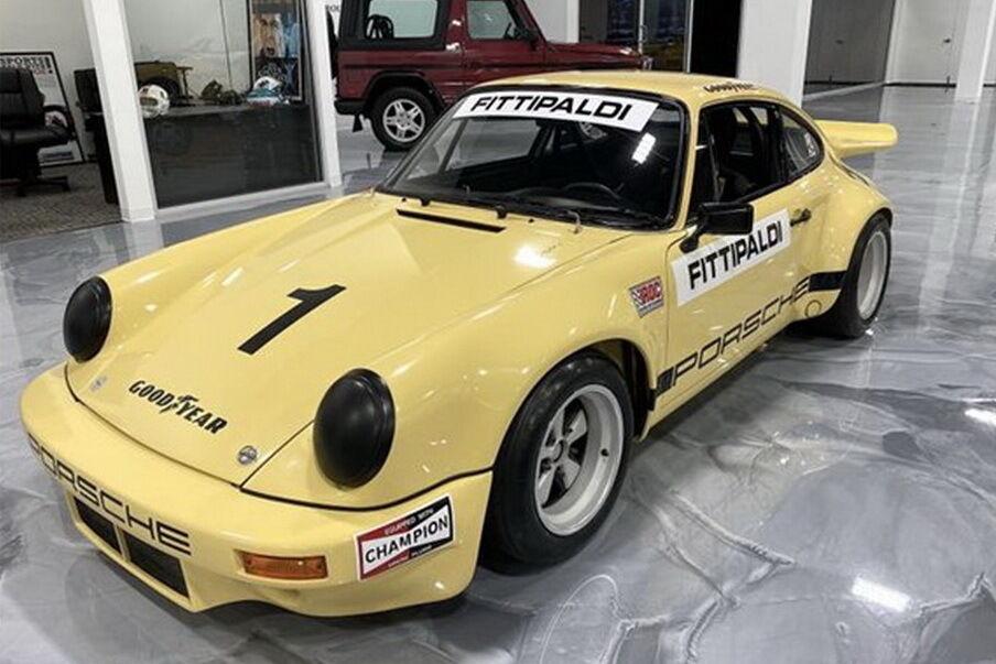 Автомобіль був побудований для Міжнародної гонки чемпіонів – IROC