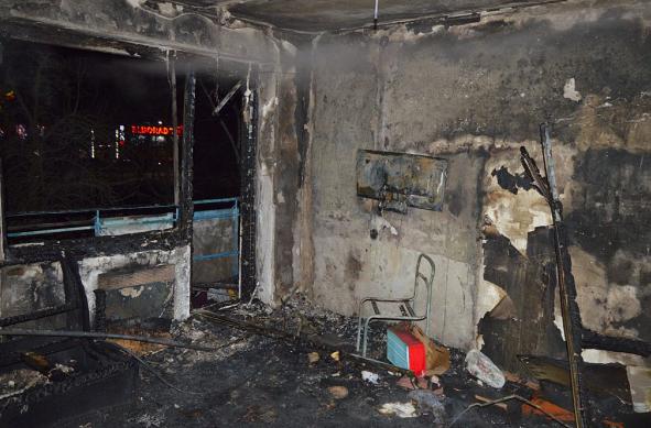 Дом, где произошел взрыв и пожар