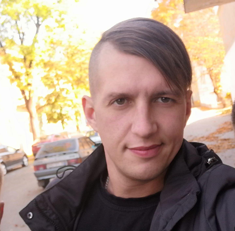 Кирило Биковський, 32 роки