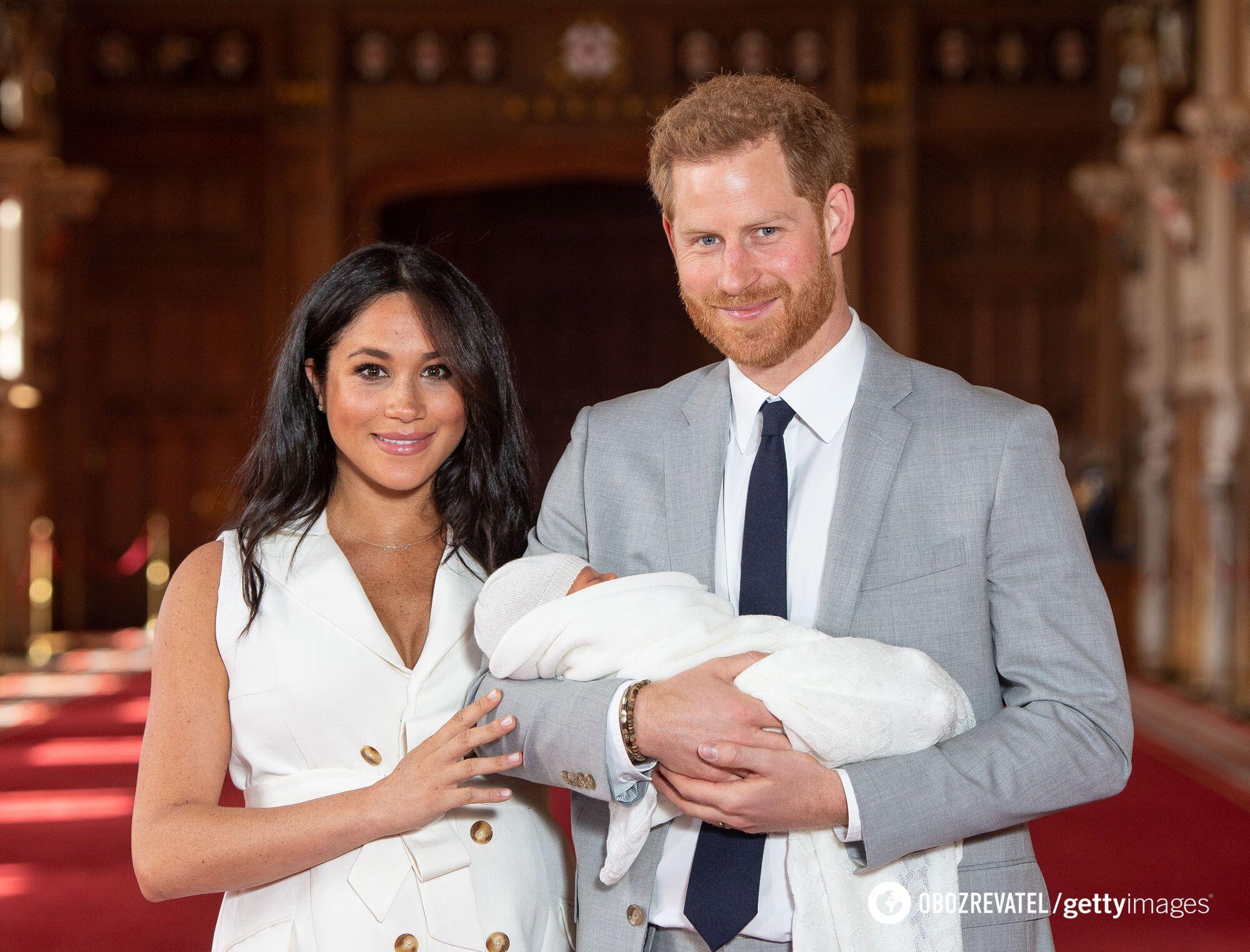 Принц Гарри вместе с Меган Маркл и сыном Арчи