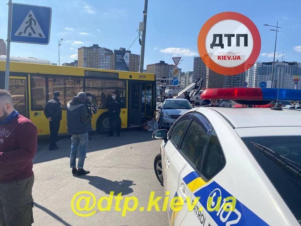 ДТП у Києві.
