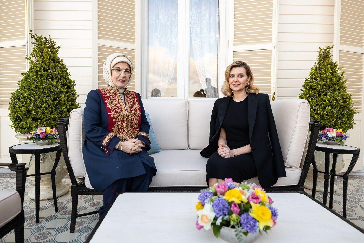 Елена Зеленская пообщалась с супругом президента Турции.