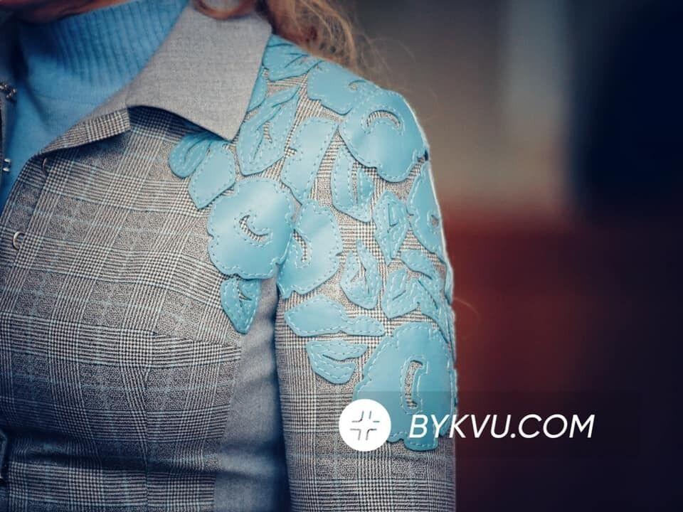 Тимошенко появилась в Верховной Раде в стильном костюме