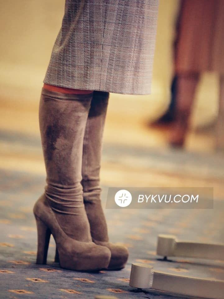 Тимошенко появилась в Раде на высоких каблуках