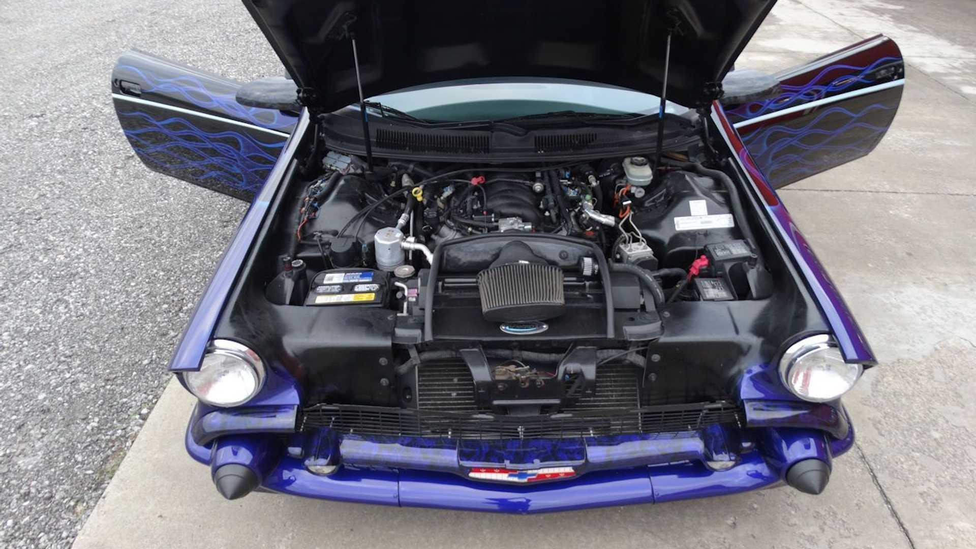 Відновлений 5,7-літровий двигун V8 LS