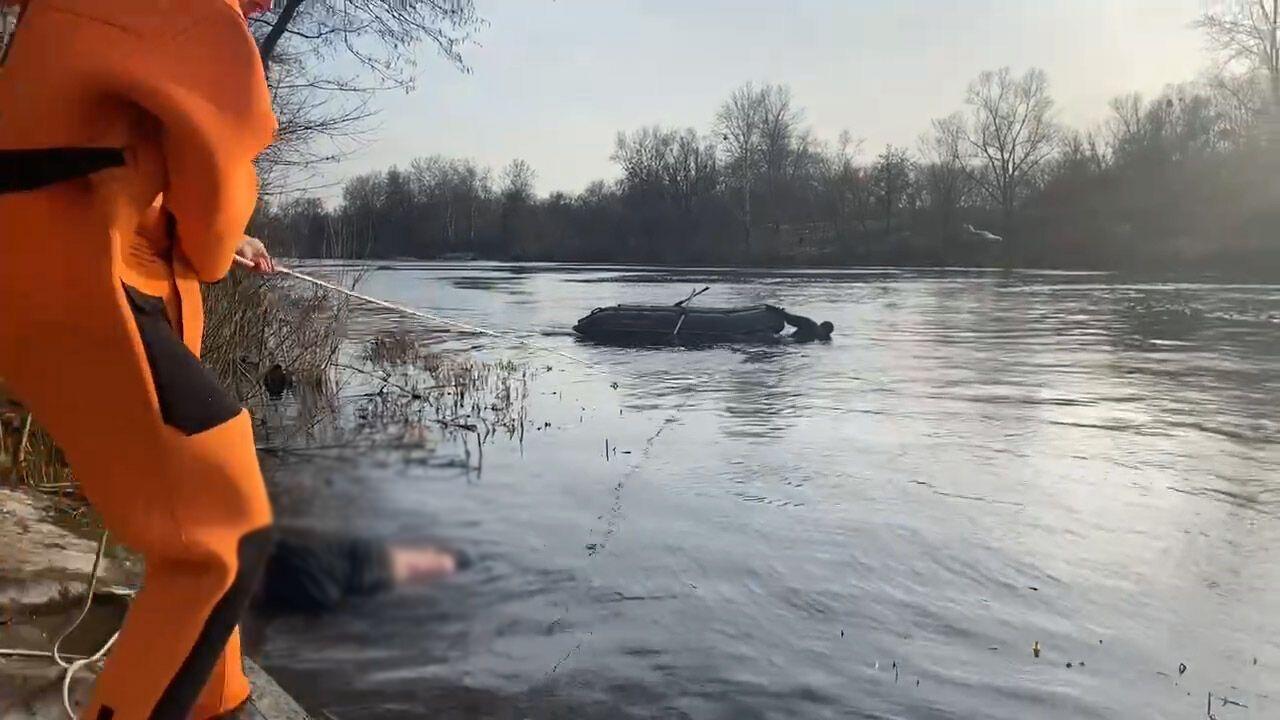 Рятувальники витягли з води тіла двох загиблих