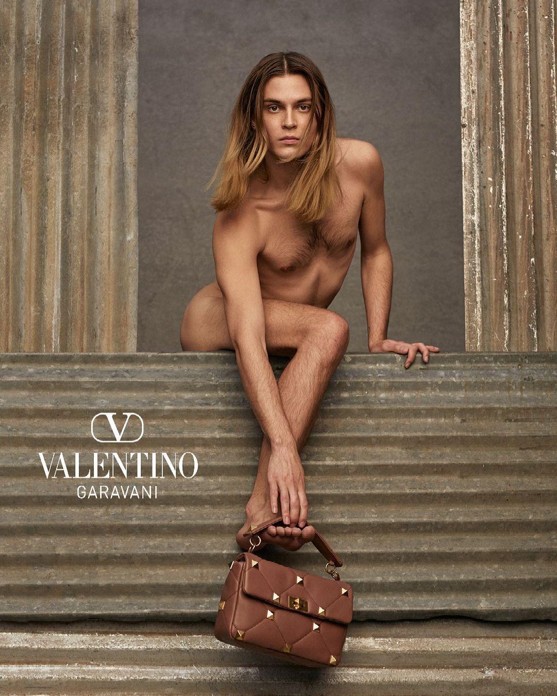 Кадр из новой кампании бренда Valentino