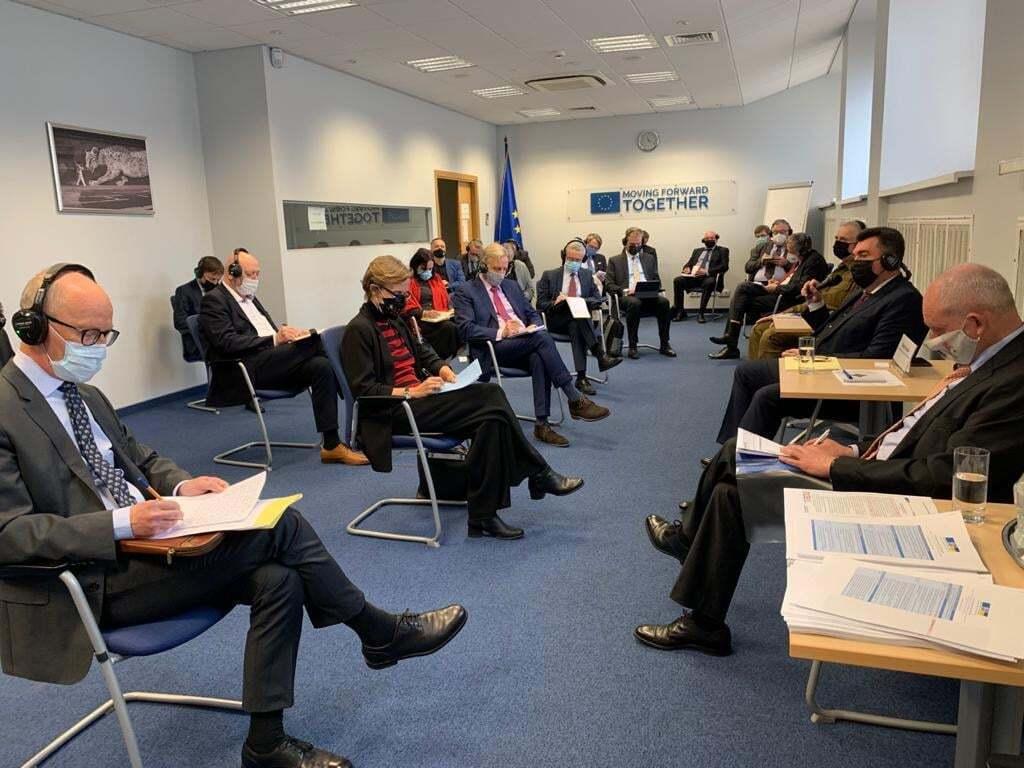 Данілов провів зустріч з керівниками дипломатичних представництв країн-членів ЄС
