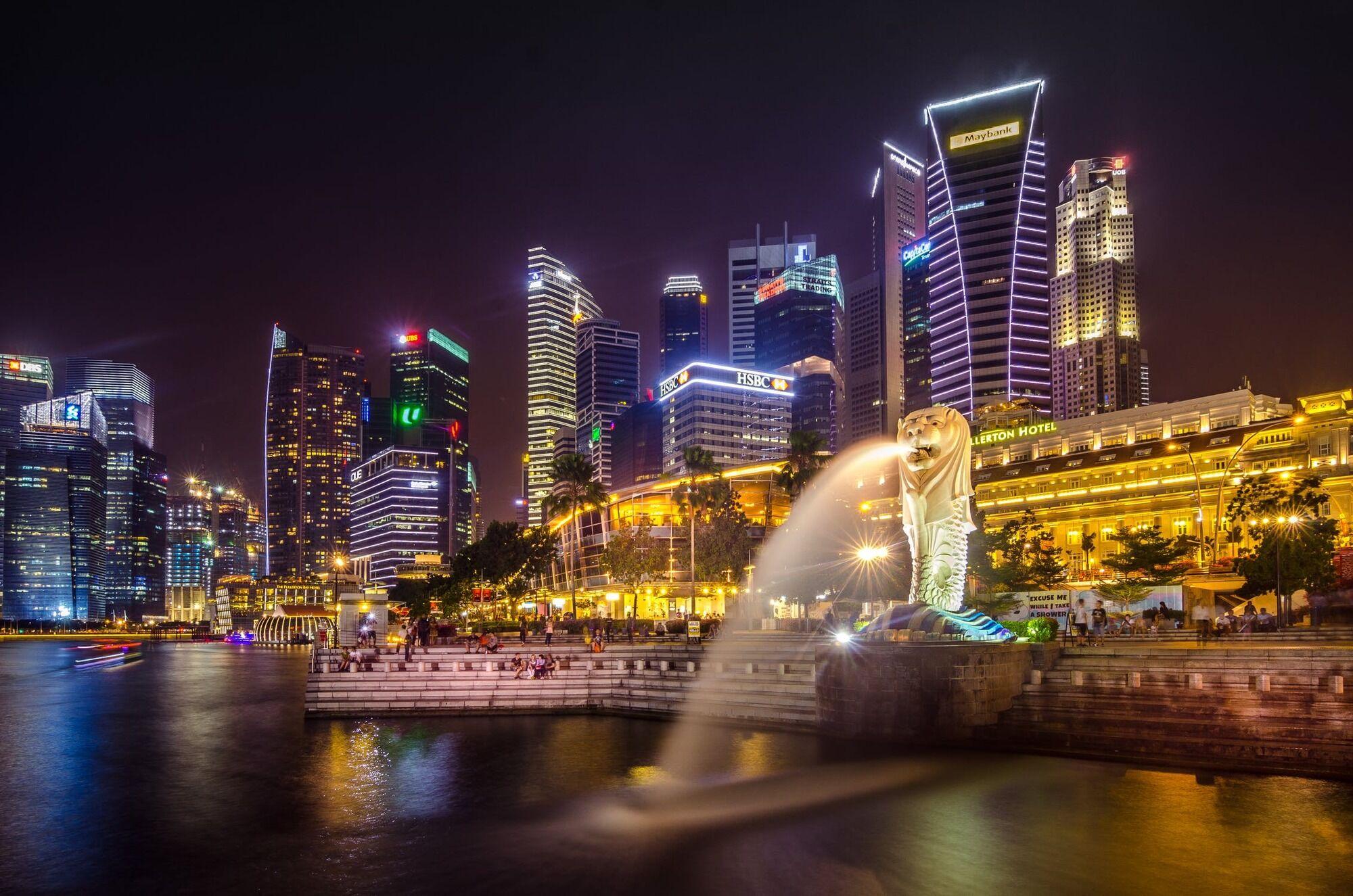 В Сингапуре действуют очень строгие законы.
