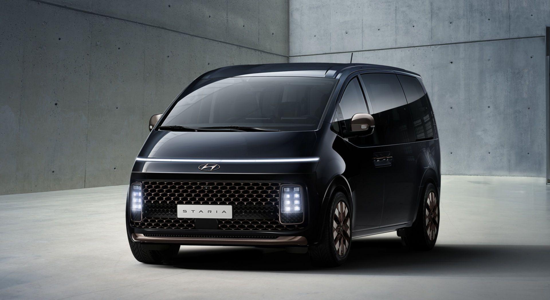 Hyundai Staria сменит на конвейере семейство вэнов Hyundai H-1/Starex