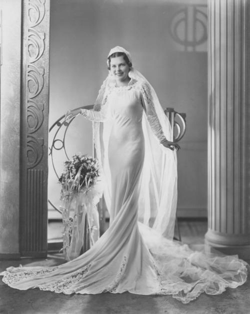 Свадебное фото 1930-х годов.
