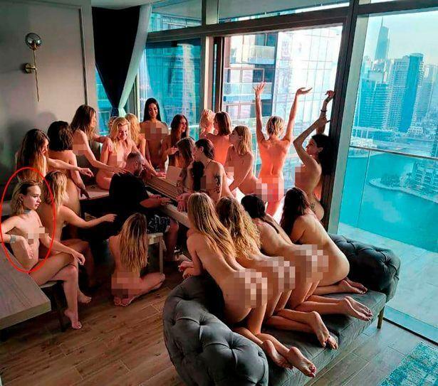 Дівчата з України знялися в голій фотосесії в ОАЕ
