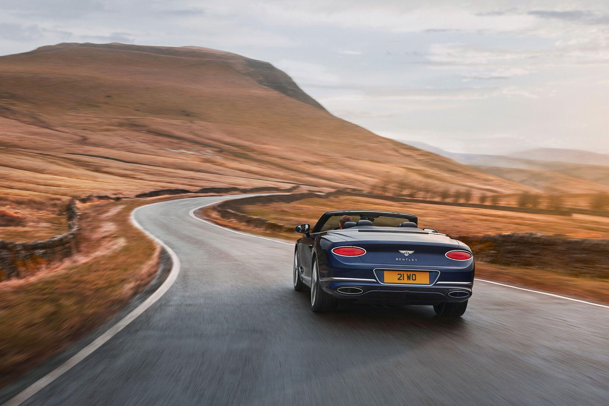 Задняя часть Bentley Continental GT Speed Convertible