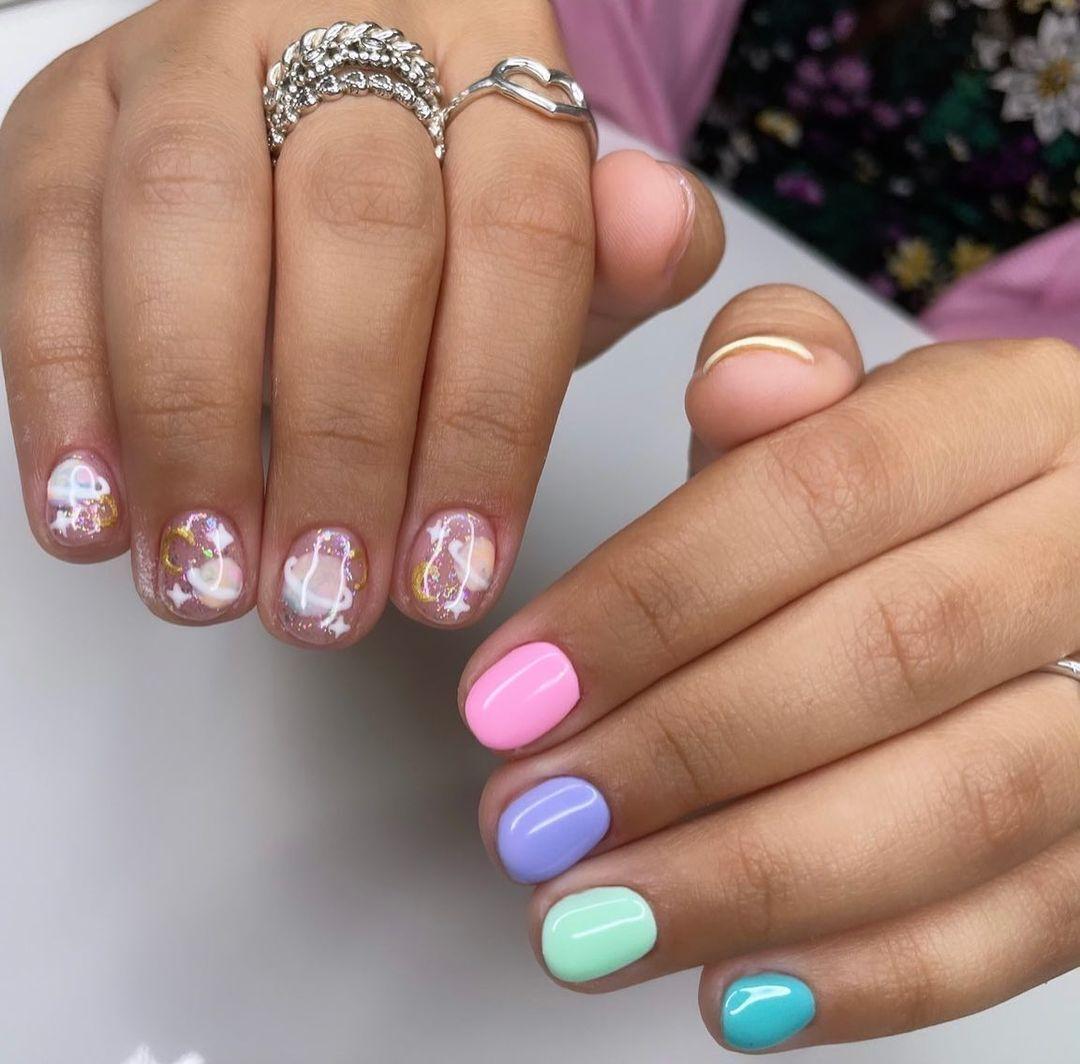 Дизайн ногтей в стиле космос