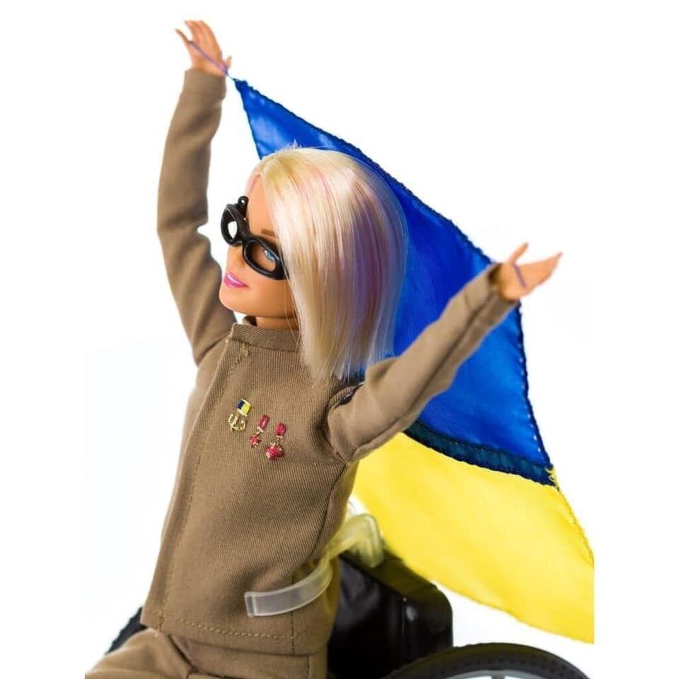 Кукла Barbie.