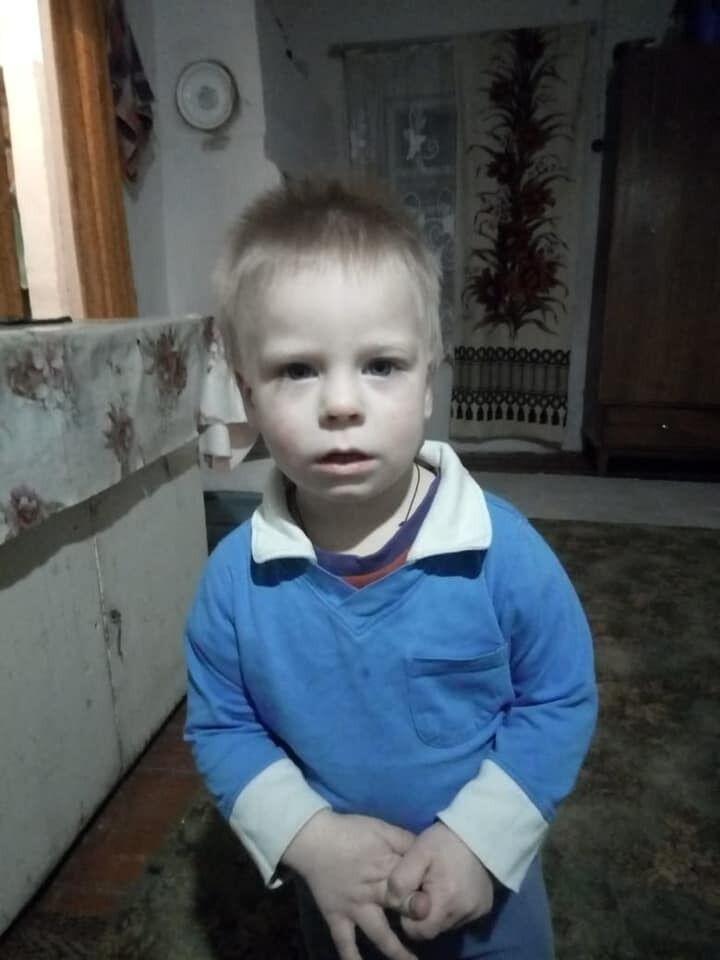 2-летний Богдан Униченко