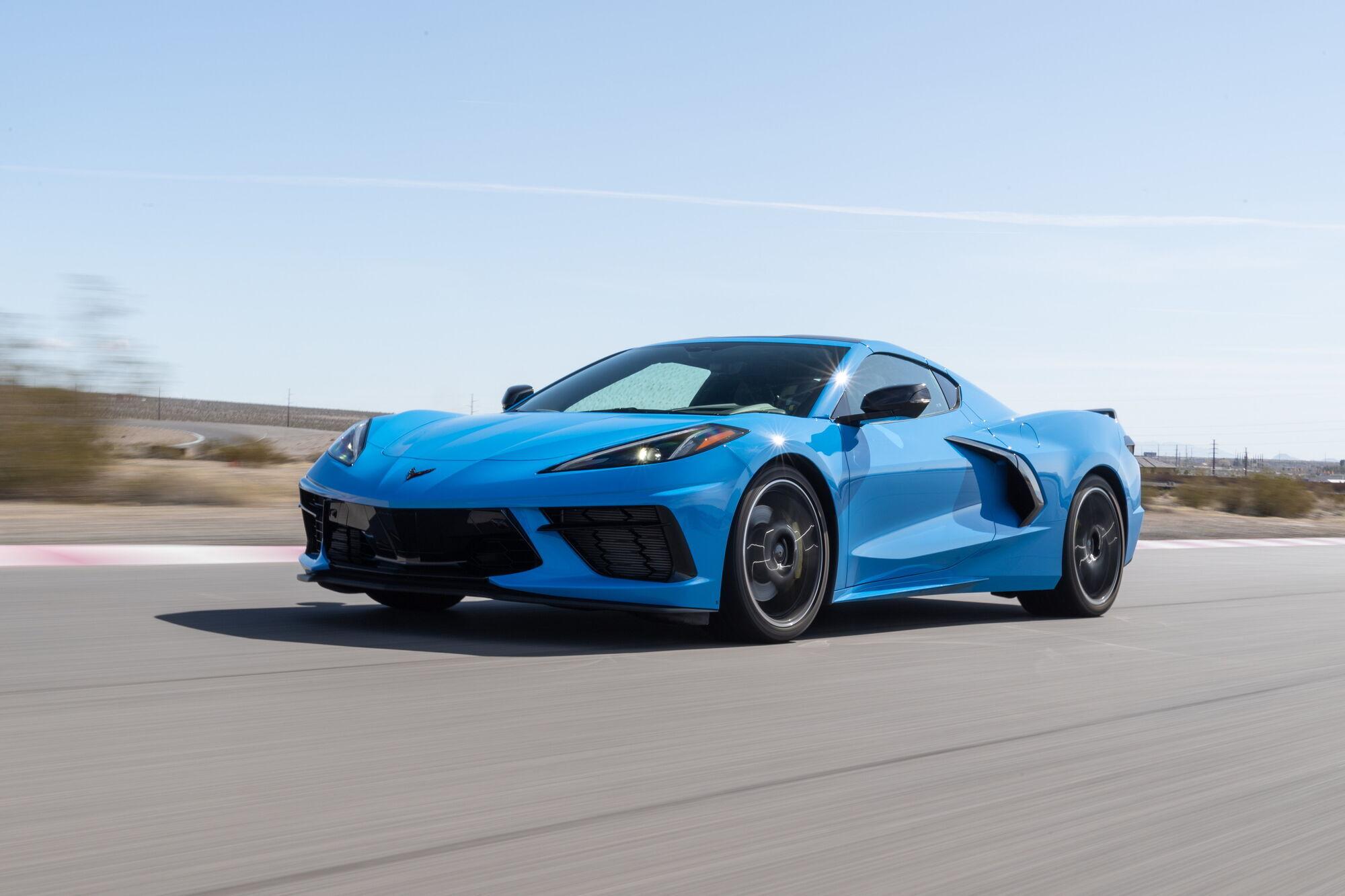 Chevrolet Corvette три месяца подряд удерживает пальму первенства среди новых авто по скорости продажи