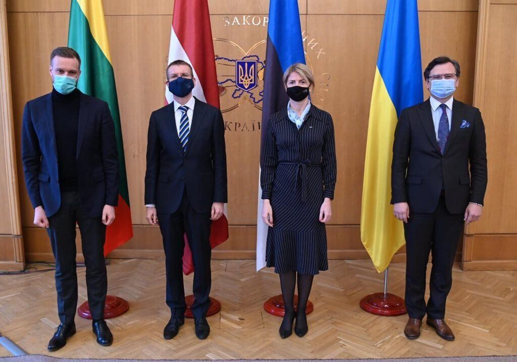 Кулеба на встрече с министрами иностранных дел Эстонии, Латвии и Литвы