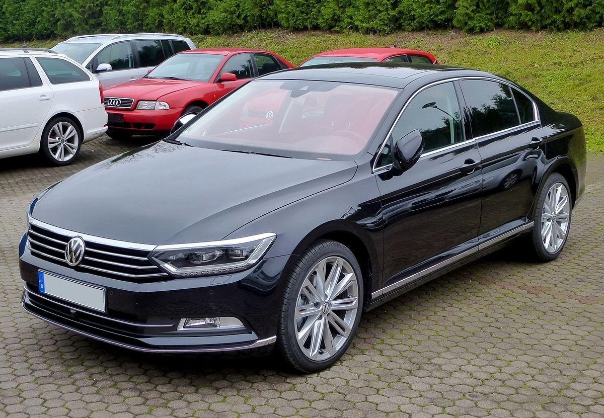 Volkswagen Passat зарегистрировали больше всех среди черных авто