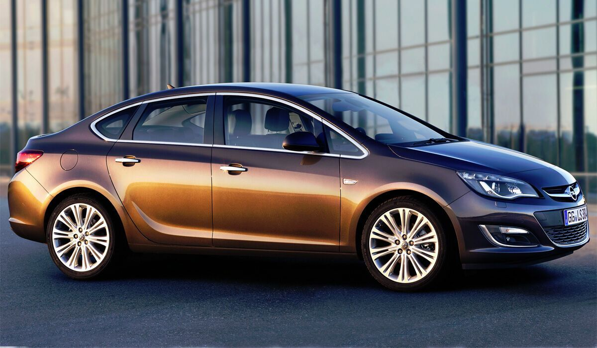 Цена Opel Astra – от 485 000 грн