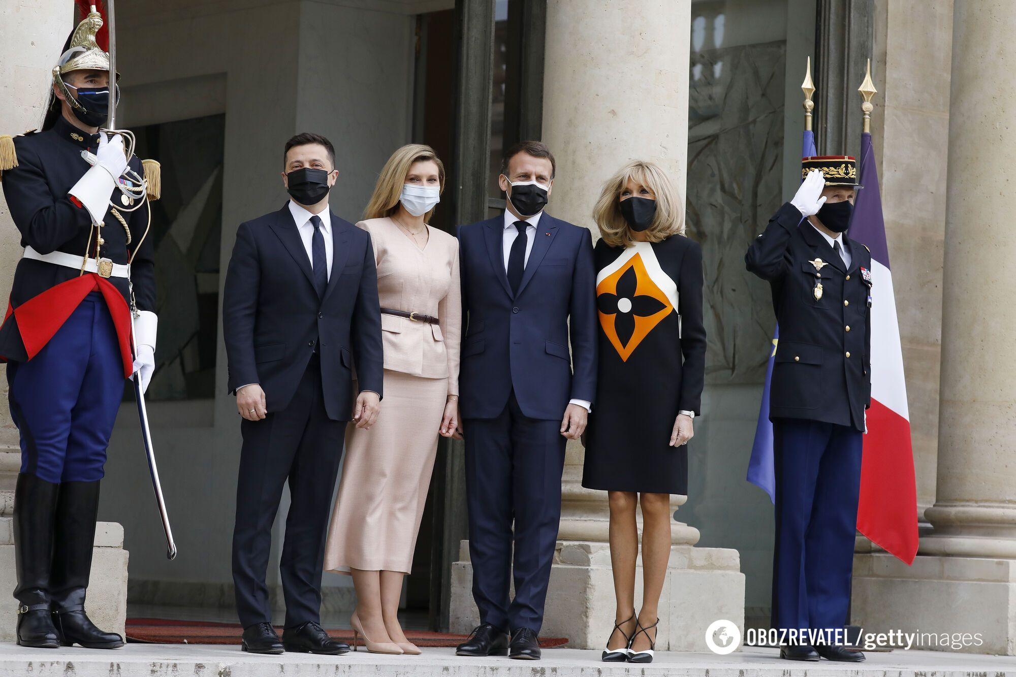 Владимир Зеленский с женой Еленой и Эммануель Макрон с женой Брижит