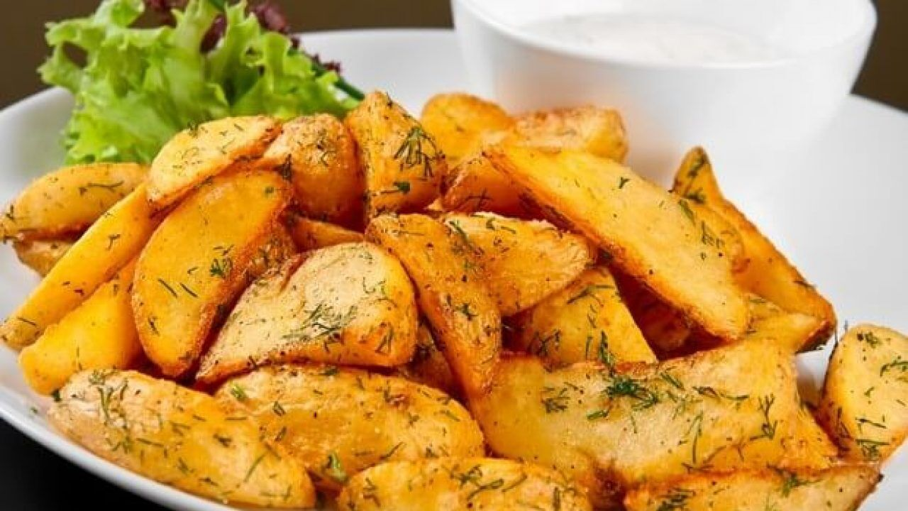 Картопля, запечена в духовці