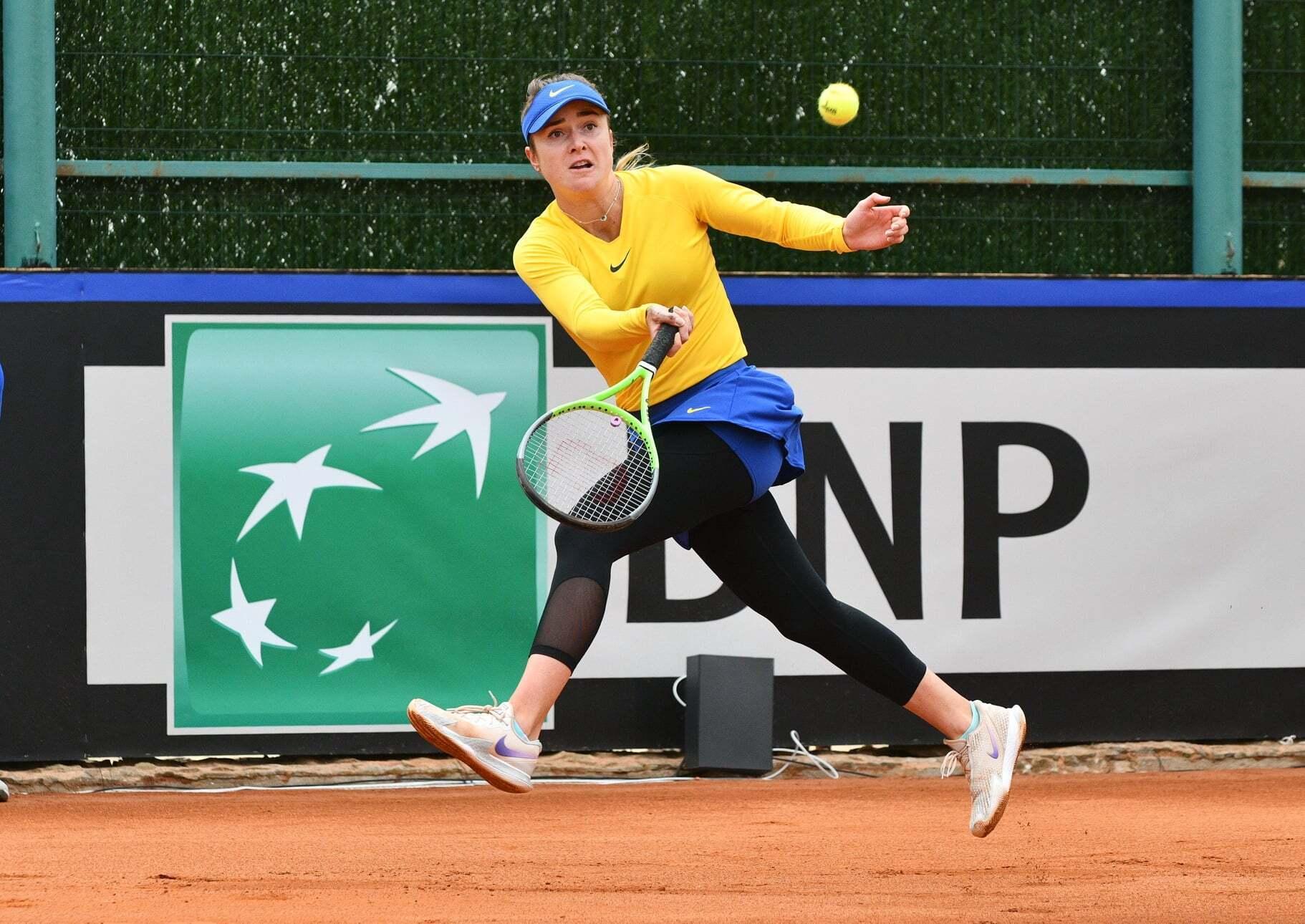 Элина Свитолина выиграла первый матч плей-офф