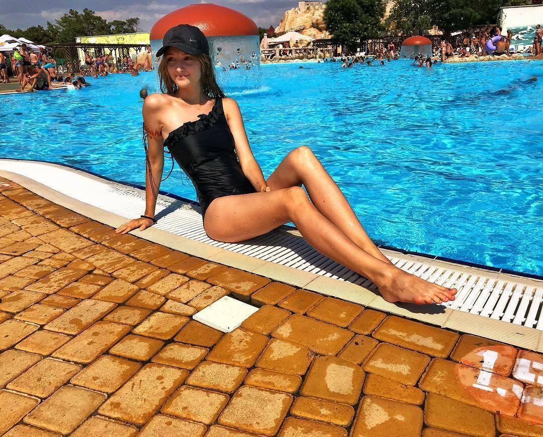 Подруга Віталія Миколенка – Вікторія