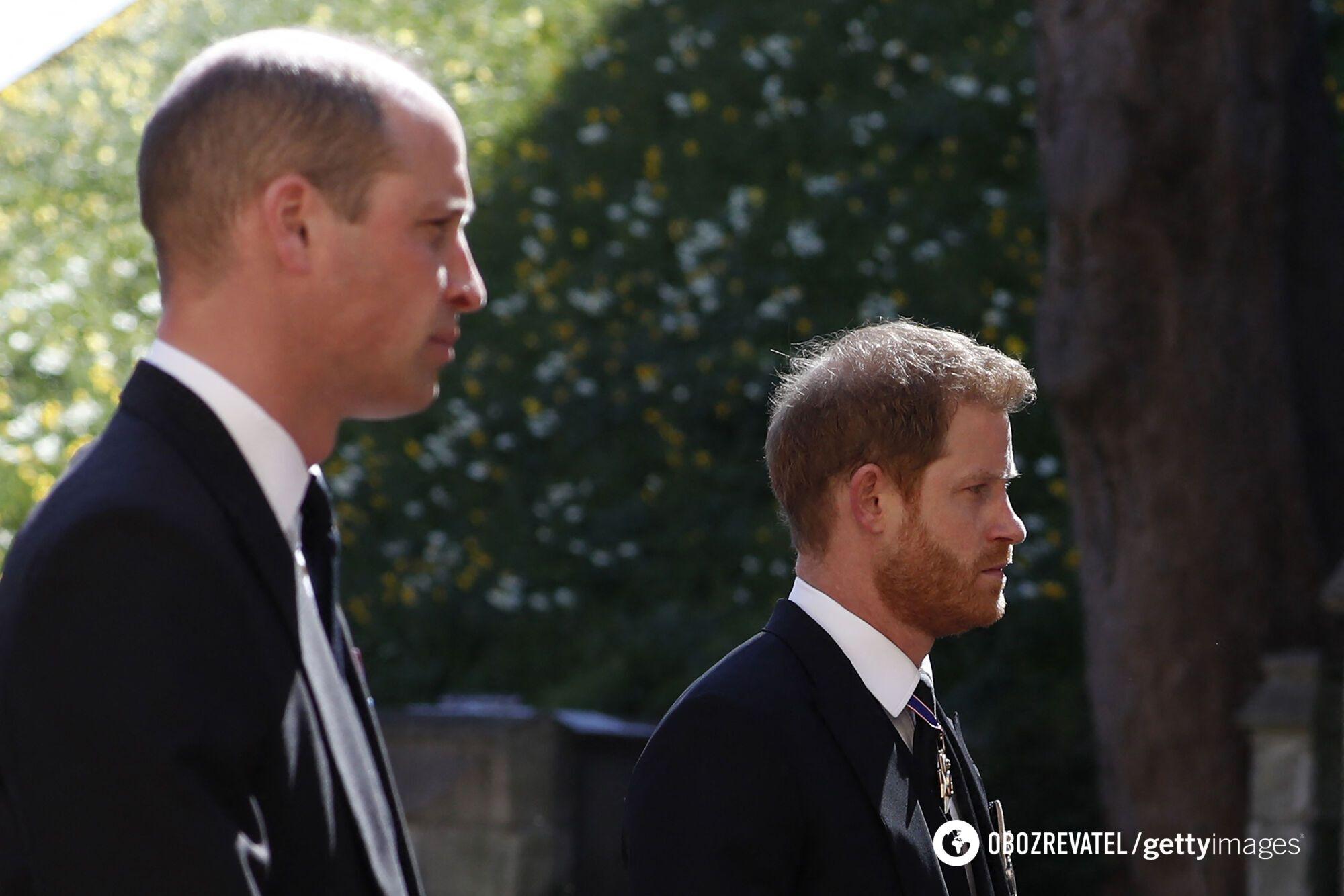 Принцы Уильям и Гарри на похоронах дедушки
